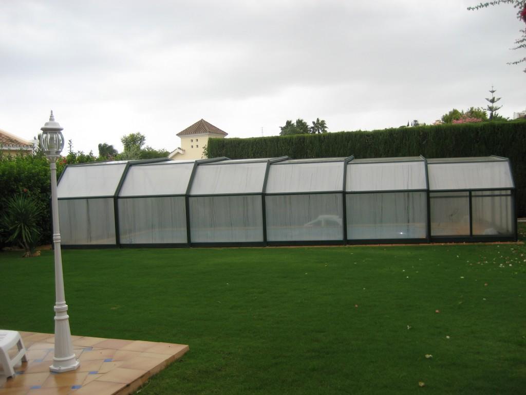 PISCINA-Instalacion-de-cubierta-piscina-1024x768