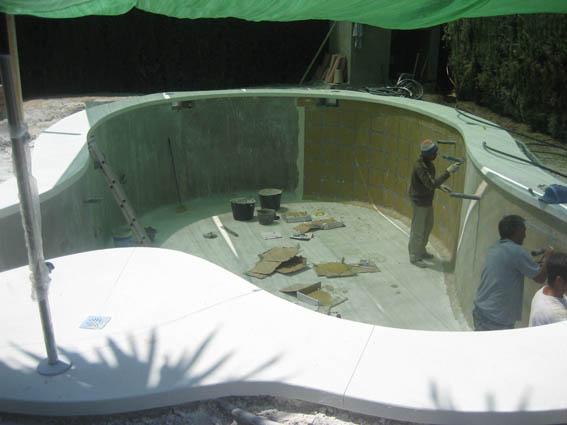 realizacion-de-piscina-010